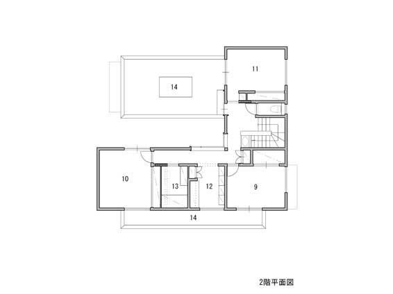 1 ポーチ 2 露地 3 車庫 4 物置 5 土間 6 台所 7 居間 8 小間 <br />9 寝室1 10 寝室2 11 寝室3 12 図書室 13 納戸 14 テラス