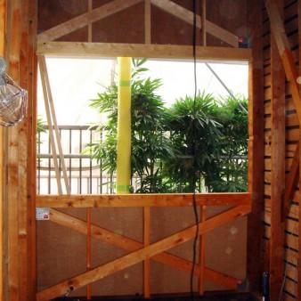 工事中:構造チェック及び構造補強